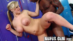 Dayna Vendetta boxing MILF blonde with big breasts takes BBC inside her twat
