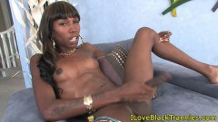 TS african nonprofessional jacking on her large pipe