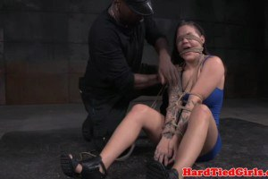 Submissive milf teased by afro maledom