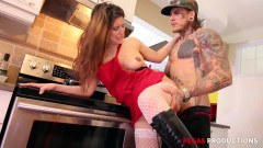 Amanda Bellucci curvy Canadian goddess gets drilled in the kitchen by punk