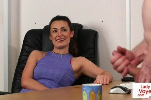 Bossy office Britt watches guy masturbate