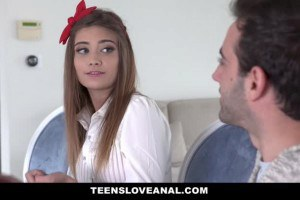 Ariel McGuire does anal to keep her virginity