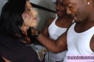 Gangbanged hot mom covered in cum by black snakes