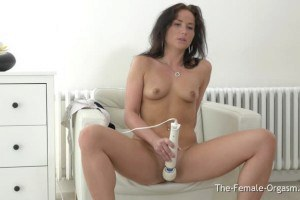 Lovable dark-haired beauty Niki Sweet with pokey nipples orgasms so perfectly