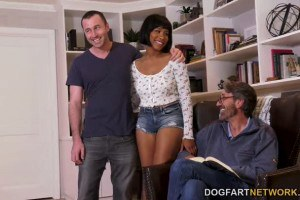 Jenna Foxx DP'ed on Father's Day by Boyfriend and his Stepdad