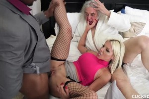 Barbie Sins takes BBC while hubby witnesses everything