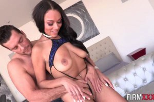 Bethany Benz rides dick with her sexy ebony ass