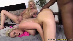 Dirty Alana Evans fucking along her daughter