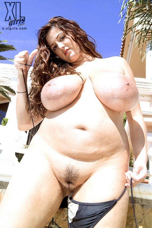 Nude chubby amateur