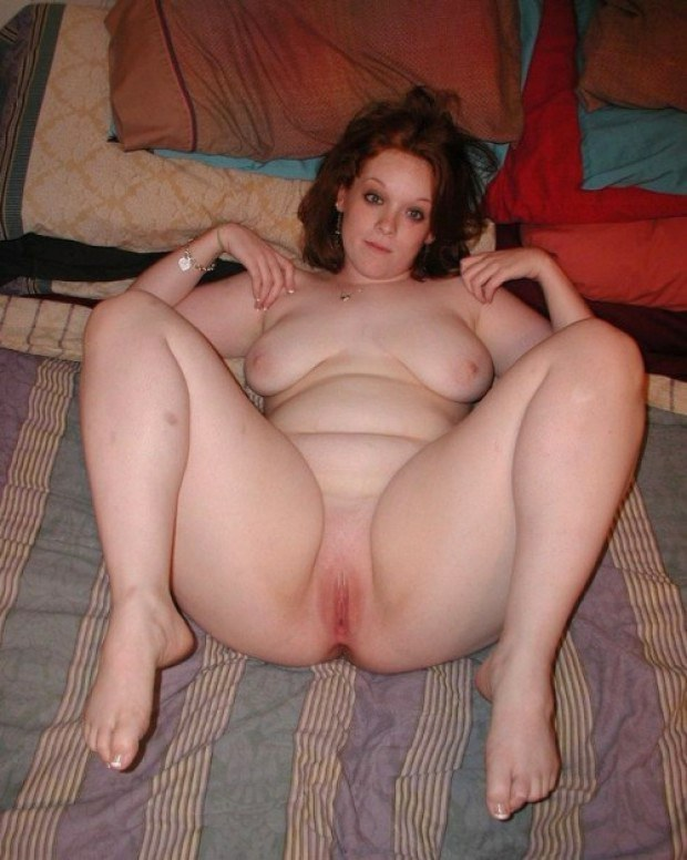 legs Spread pictures amateur