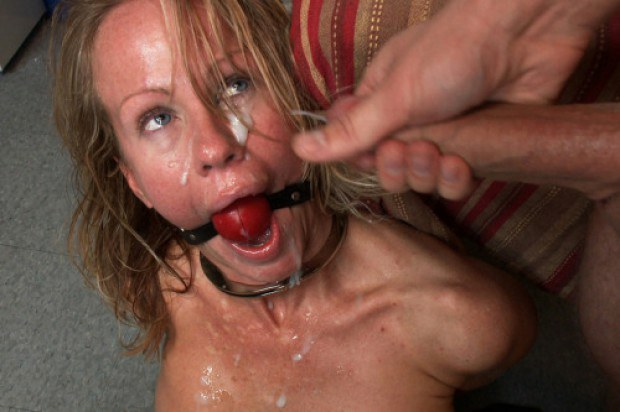 Milf gets her face jizzed