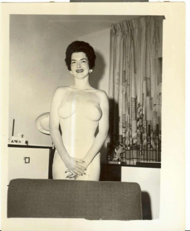 Retro mature from 60's has nice tits