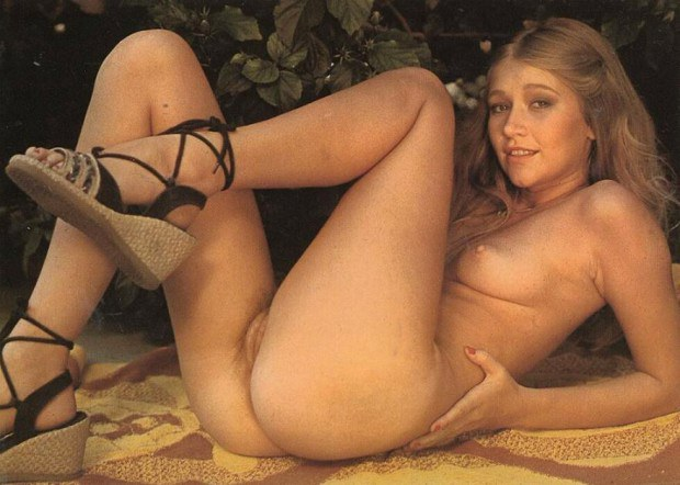 vintage-blonde-pussy-finally-did-nude-scene