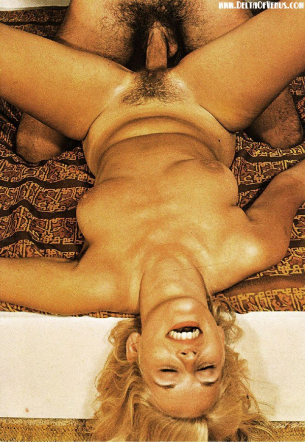 Style vintage blonde pussy lacey sex