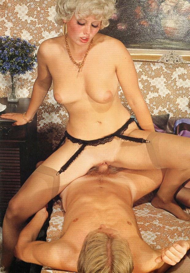 Vintage blonde in stockings bounces on dick