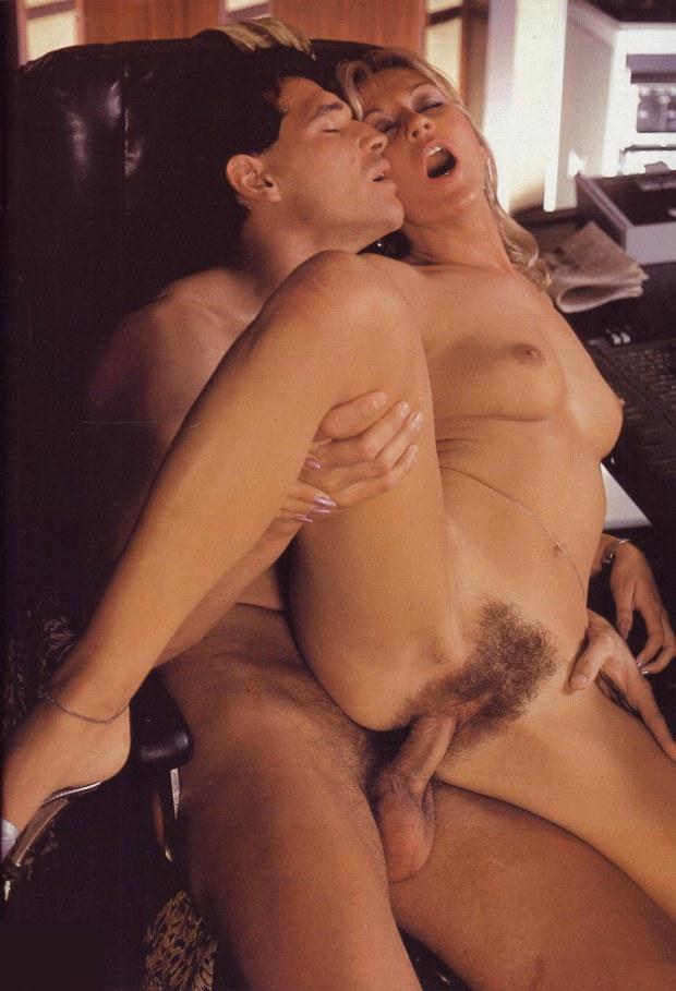 Blondine In Retro-Sex