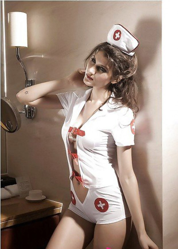 Smoking hot nurse babe has gorgeous legs