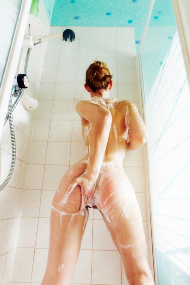Sex nude beach bath tub shower-9755
