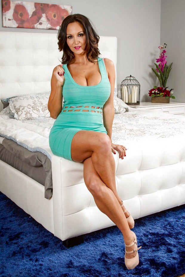Tempting MILF Ava Addams teases on high heels