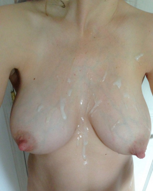 Wife gets her titties covered in fresh cum