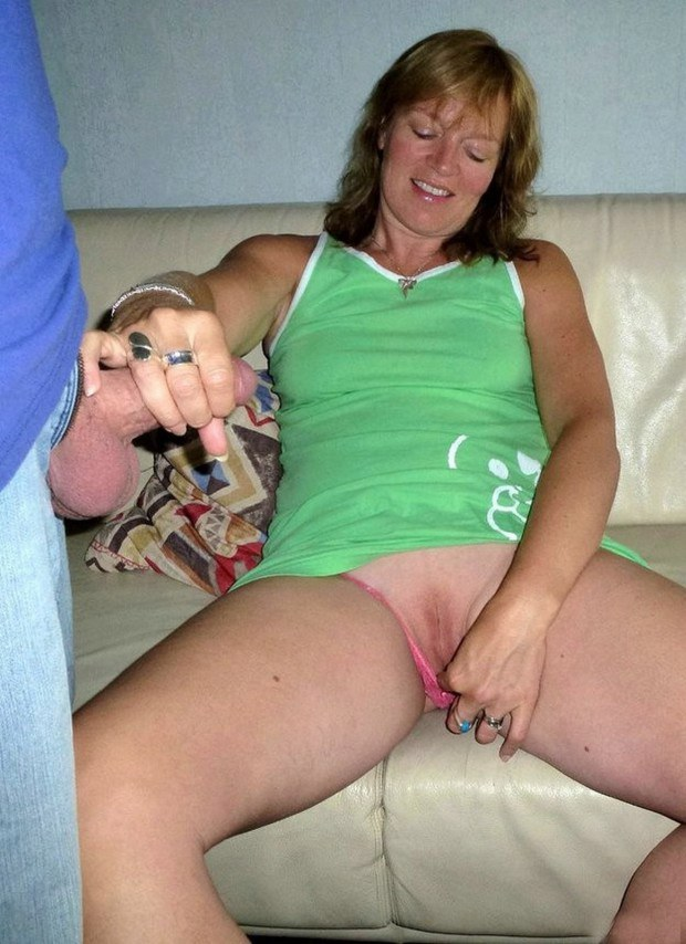 Wife fingers her snatch while jerking off hubby