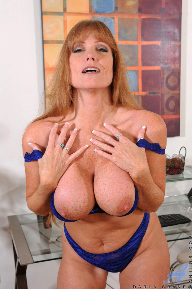 Mature hottie Darla Crane and her big round boobies