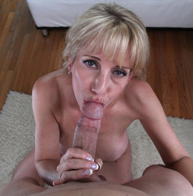Stunning blonde cougar sucks cock in POV