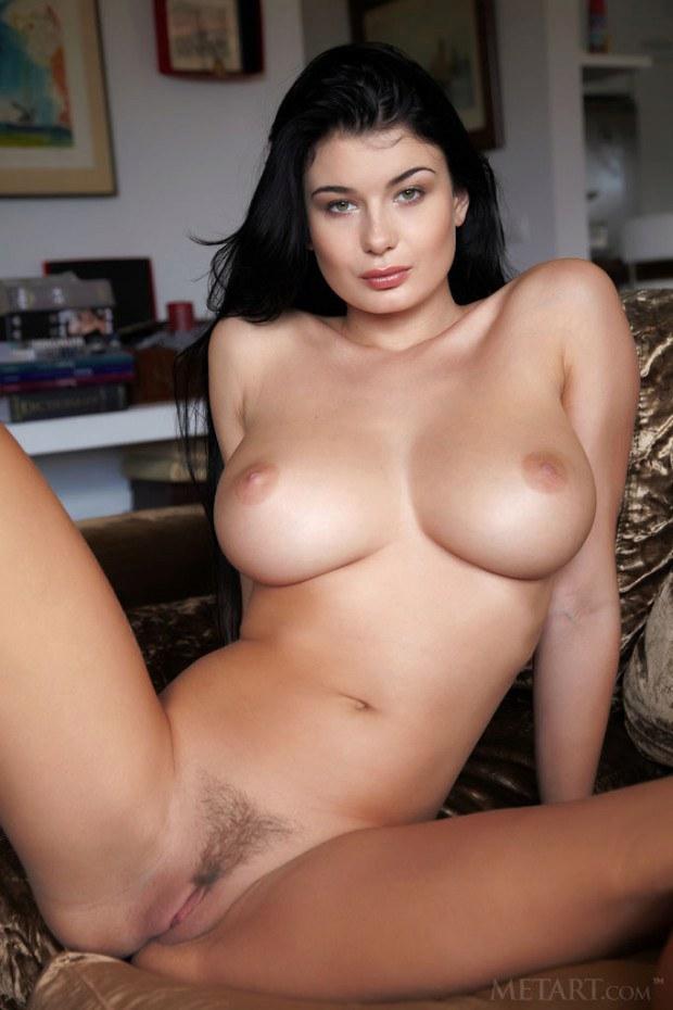Brunette Big Boobs
