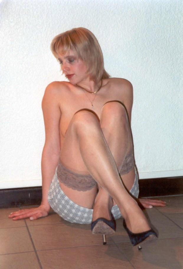 mature wife nylon