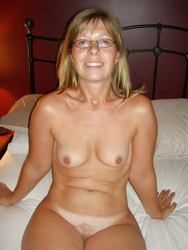 Blonde wife shows her boobs and tanlines