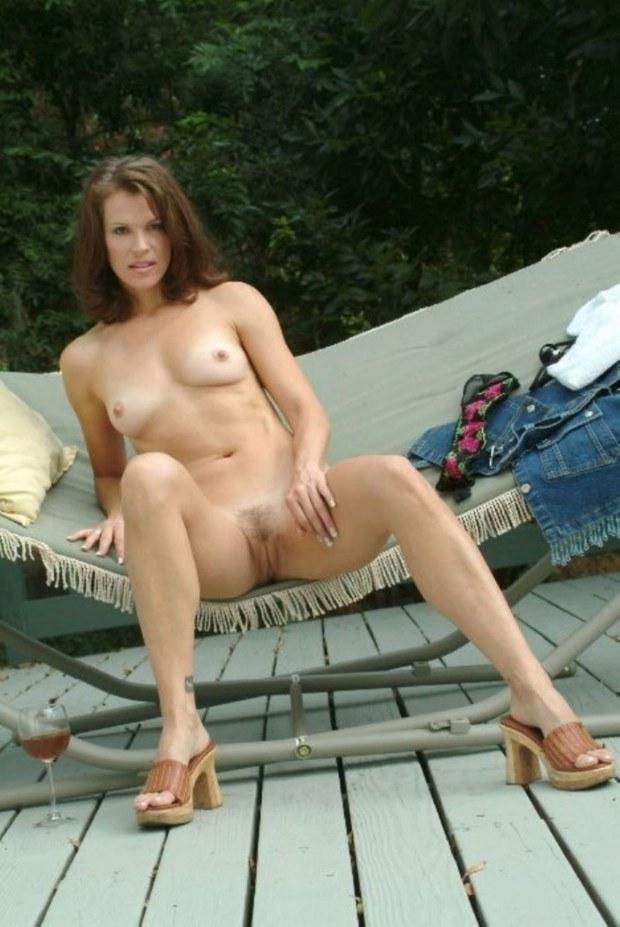 Sexy nude girl with chocolate