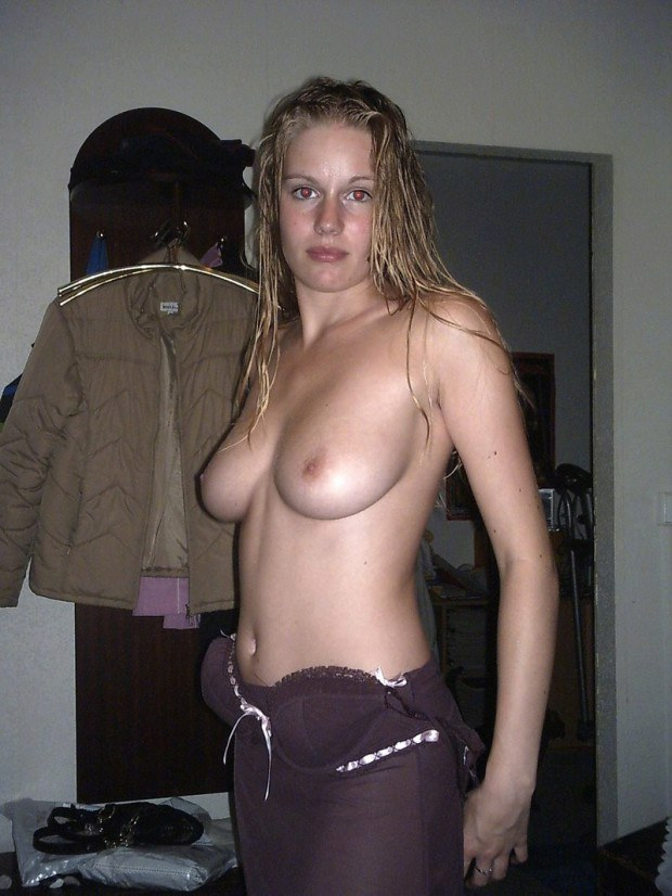 Blonde girlfriend has really nice tits
