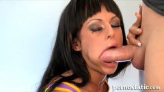 Kerry Louise in deep throat