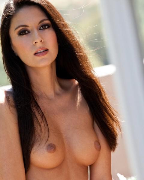 Pornstar Nikki Daniels