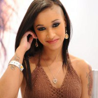 Thumbnail of Skin Diamond